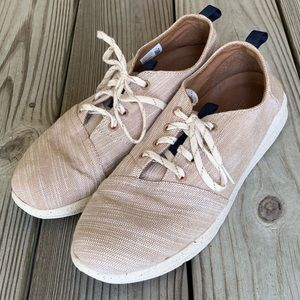 Toms Paseo Linen Look Lace Up Sneakers. Size 10